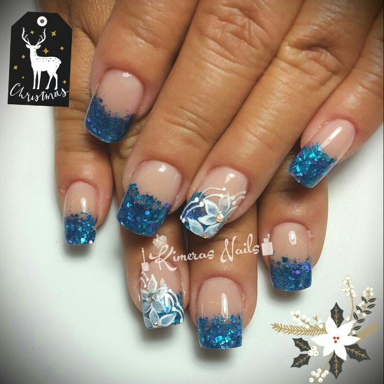 Diseño de salón 💅 👑 😍 😄 🎄❄⛄🎊🎉  #kimerasnails #nails #uñas #acrylicnails #nude #sculturenails #prettynails #naturalnails #glitter #acrilicodecolor #naildesign #silk #AcrilicosAtacantes #ManoAlzada #3d #3dnails #YoSoyFantasyNails #laquerpro #makeup #christmas