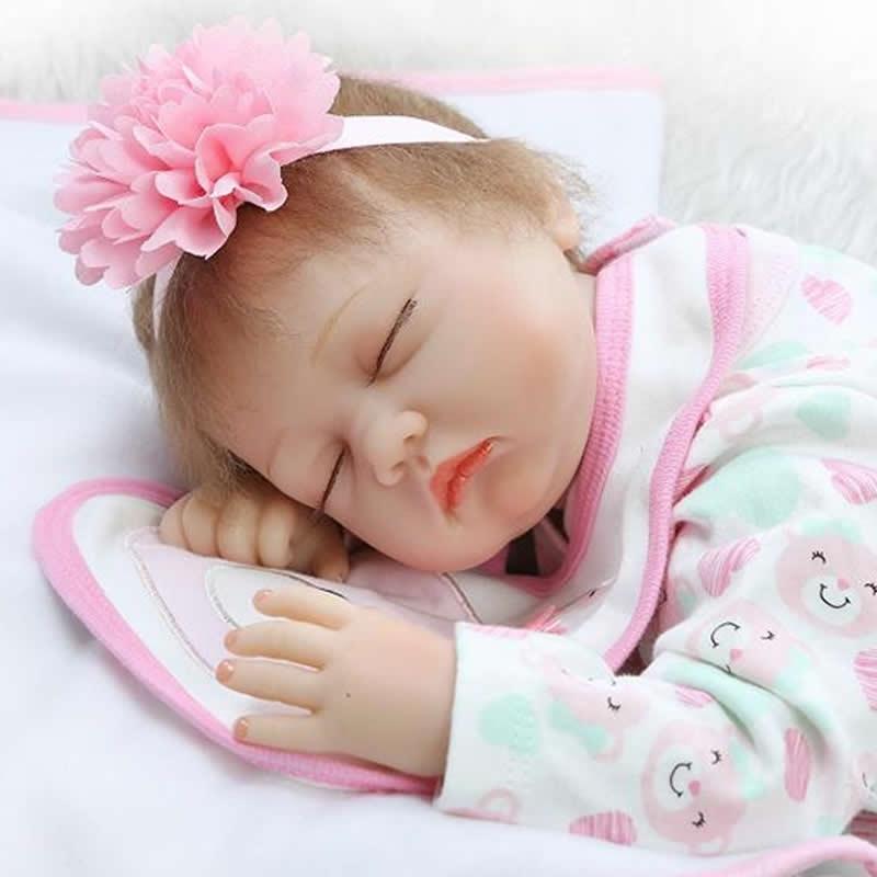 81.74$  Buy here - http://alimn2.worldwells.pw/go.php?t=32732247064 - Sleeping Baby Doll Boneca Reborn 22 Inch Realistic Newborn Silicone Brinquedo Princess Dolls Kids Birthday Christmas Gift