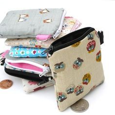So Many Books Pattern Canvas Coin Purse Small Cute Wallet Bag With Zip