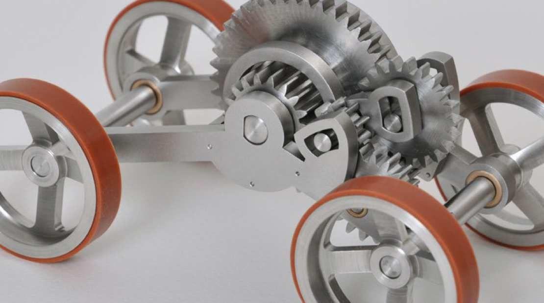 Beautifully overengineered toy car make makine