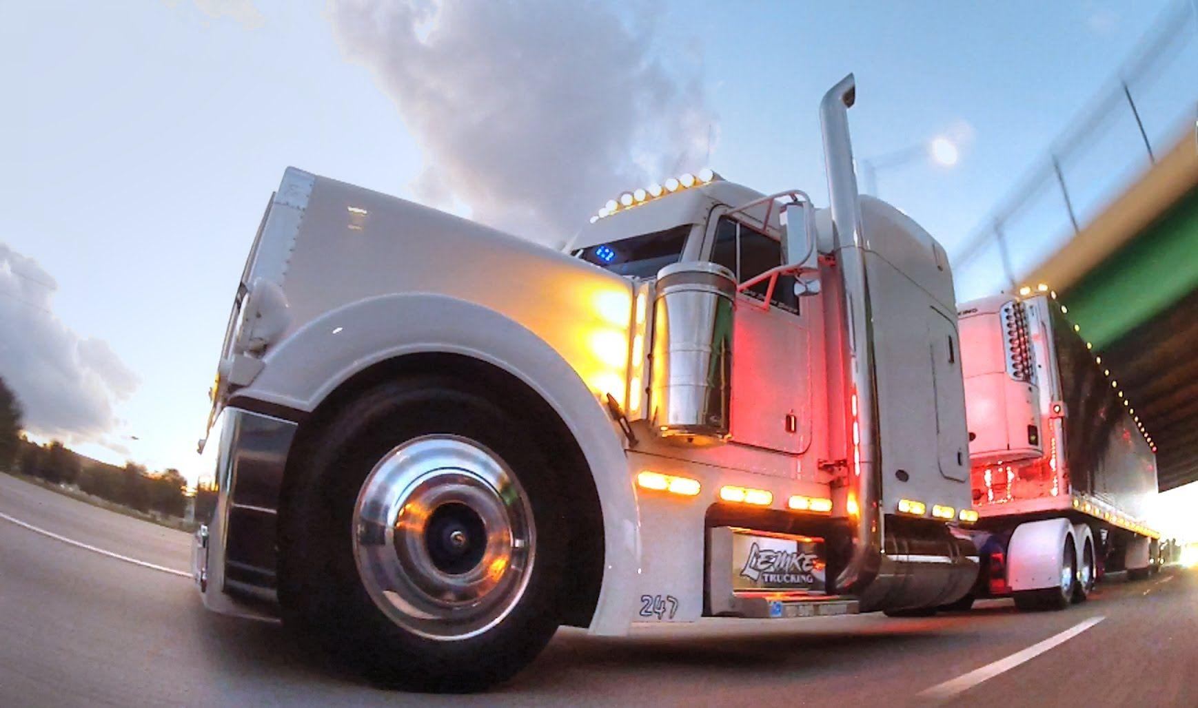 Rolling Cb Interview 2000 Peterbilt 379 Trucks Big Rig Trucks