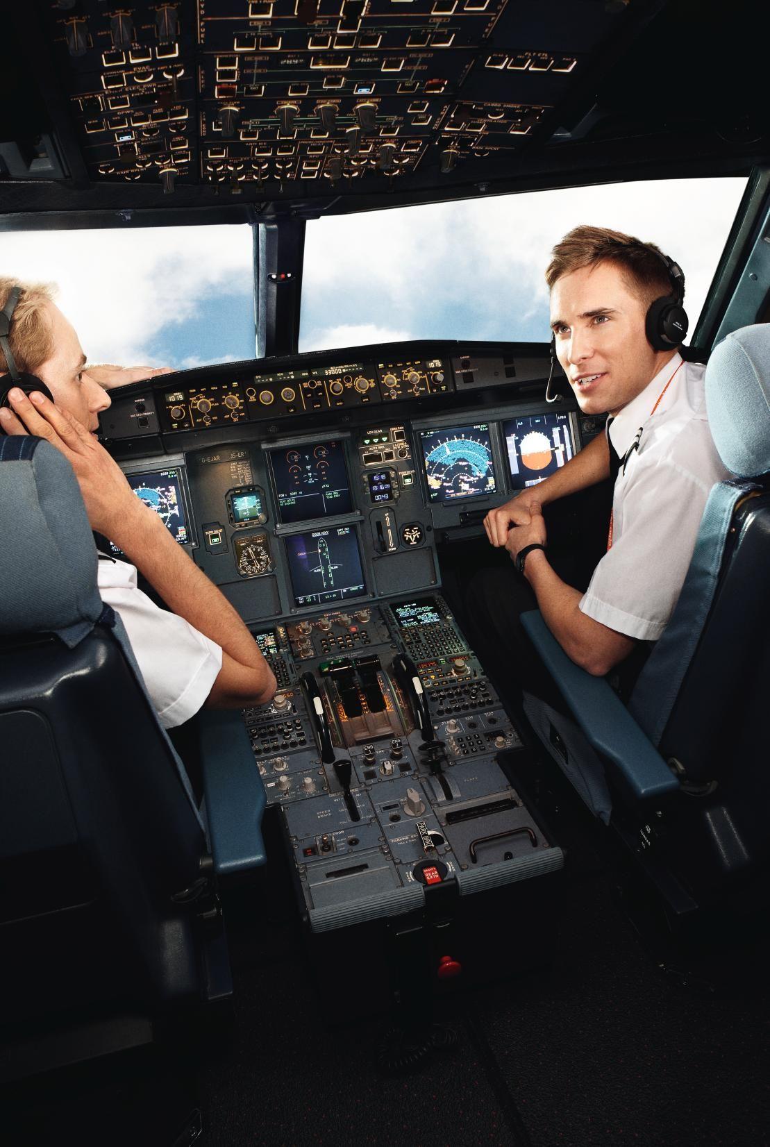 Pilots europe by easyJet Aviation Pinterest Pilot