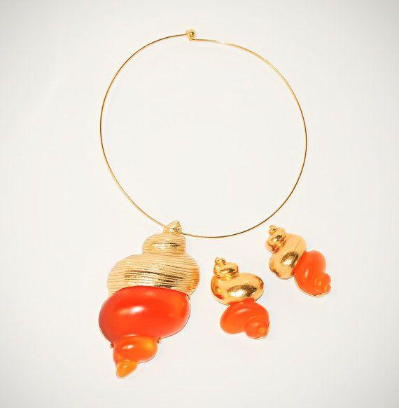 CHRISTIAN DIOR vintage designer sea shell jewelry set sea shell