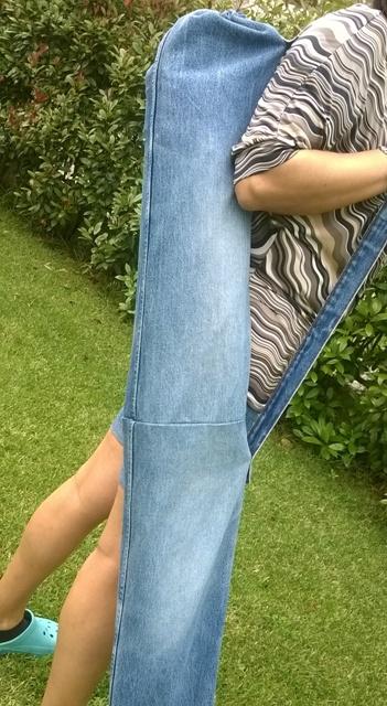 Come Fare Un Ombrellone.Riciclo Creativo Dei Vecchi Jeans Come Fare Un Porta Ombrellone