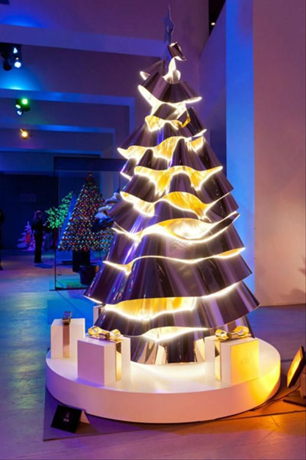 Merveilleux Unusual Christmas Trees  Modern Art Tree