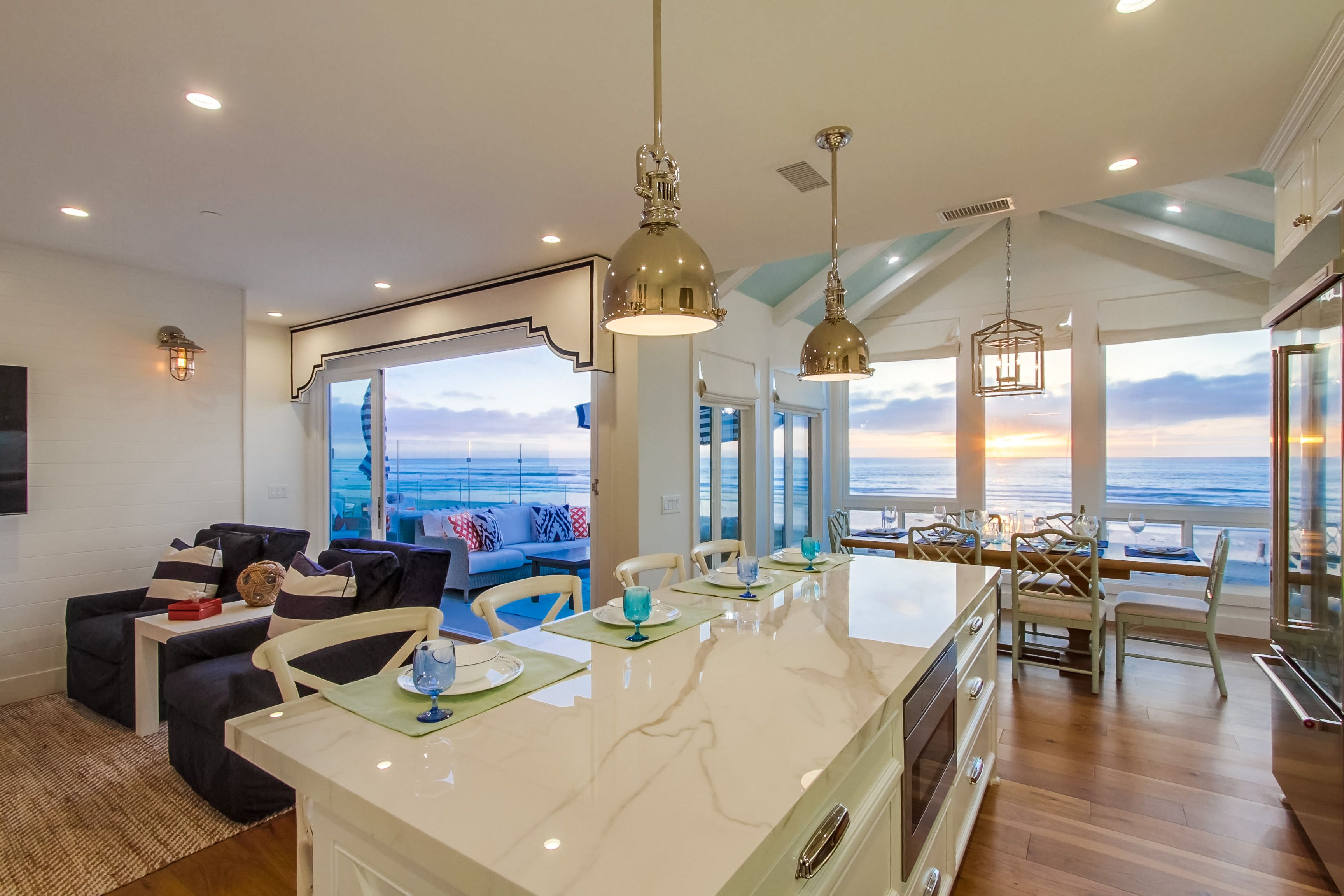 Astonishing San Diego Beach House Vacation Rental By Bluewater Vacation Interior Design Ideas Gentotryabchikinfo