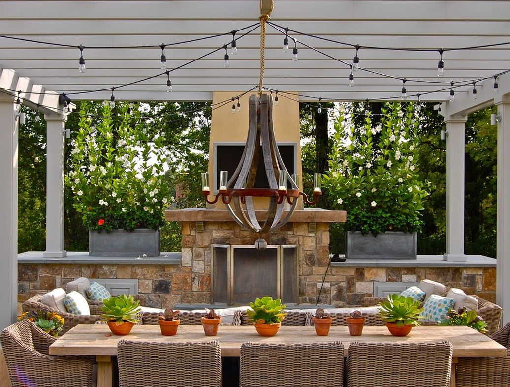 Industrial outdoor lamp - Anyone Seeing The Pendant Light For The First Time Will Be Impressed By The Richness Of Ornaments There Are Thin Metal Arms Suspending Pestle Shape Pieces