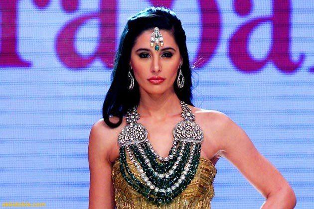 Nargis Fakhri at India International Jewelry week Indian Jewellery
