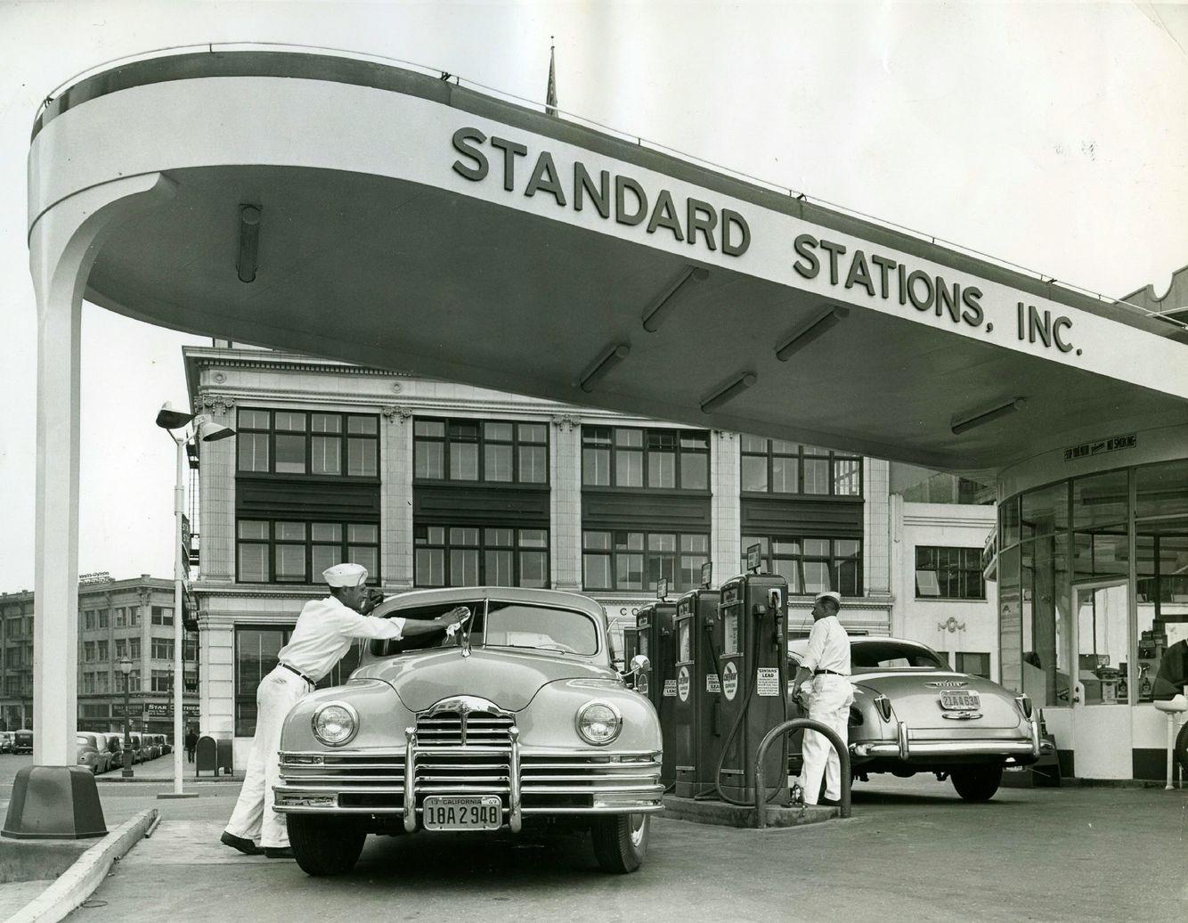 Car Dealerships Panama City Fl >> Standard Stations 1950's | Old gas stations, Vintage gas pumps, Filling station