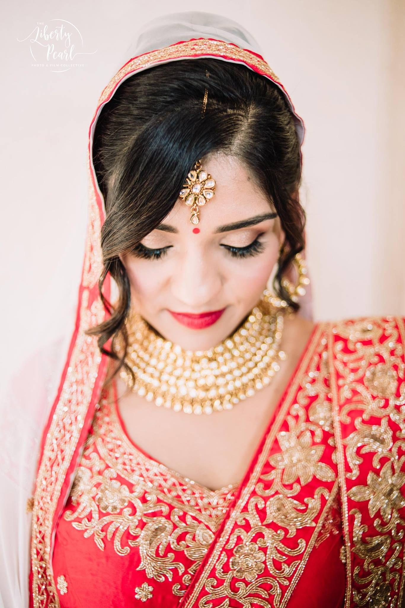 Hindu wedding dress  Henna Asian Bridal portraits Red wedding dress Red Indian Saree
