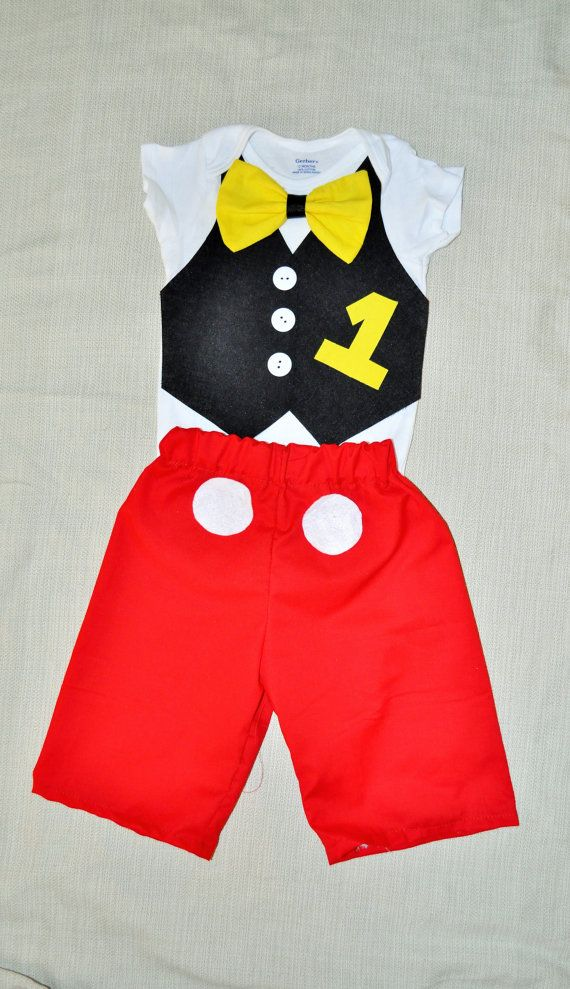 Rylowear is offering you the best childrens clothing for boys and girls. This super cute Mickey Mouse Shorts with a vest and bright yellow bowtie onesie & Rylowear is offering you the best childrens clothing for boys and ...