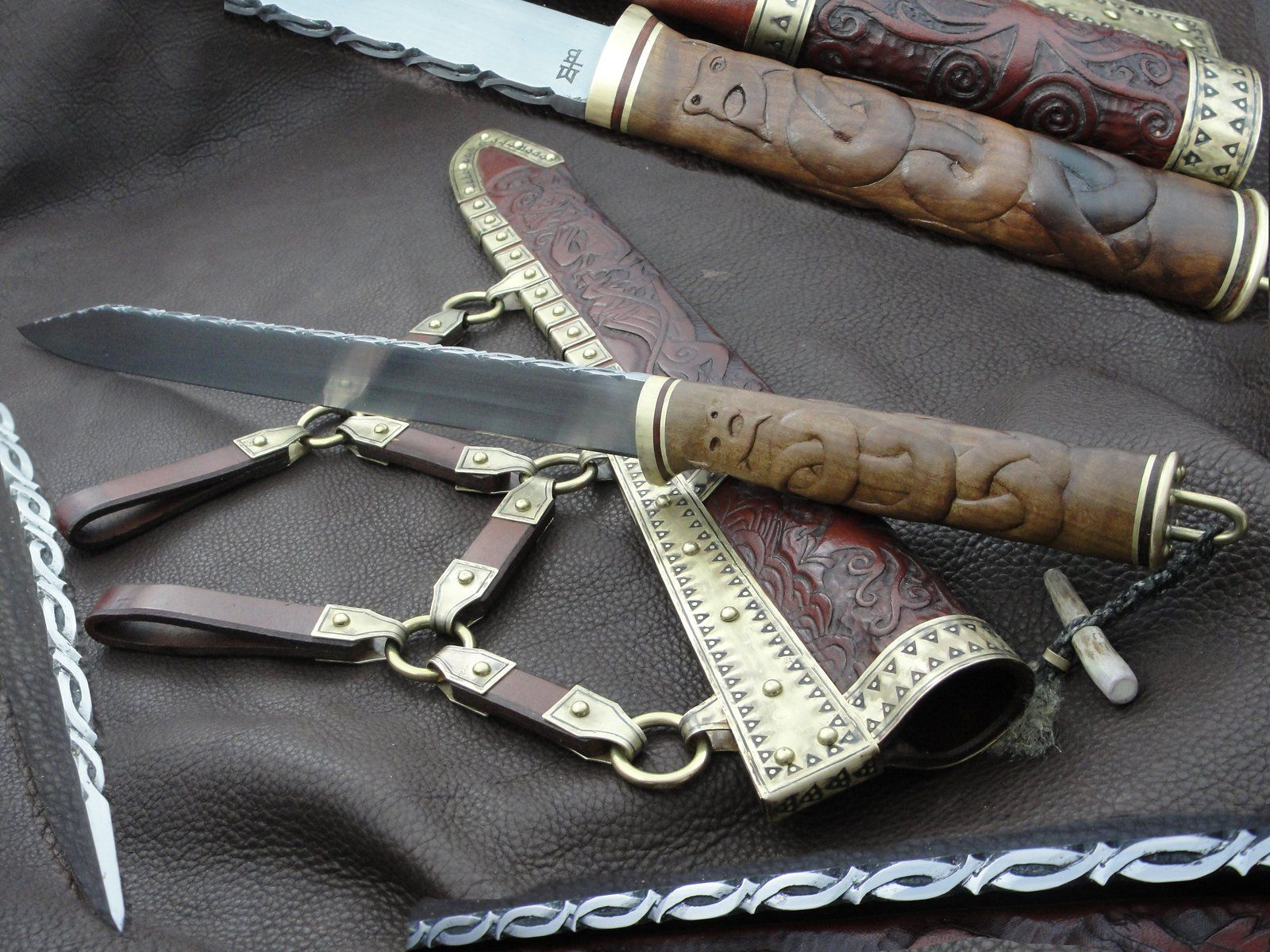 Dog Seax - another view by Heisenblade.deviantart.com on @deviantART