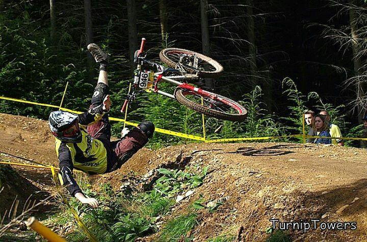 0ac647403b9 Caida Freeride Mountain Bike