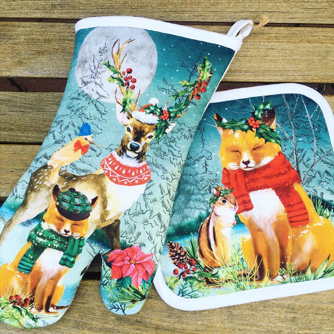 Get ready for holiday baking with festive winter pot holders and oven mitts