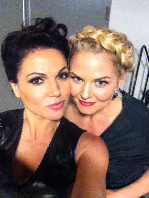 Lana Parrilla and Jen Morrison (Once Upon A Time)   https://twitter.com/LanaParrilla/status/224218542873120770/photo/1#