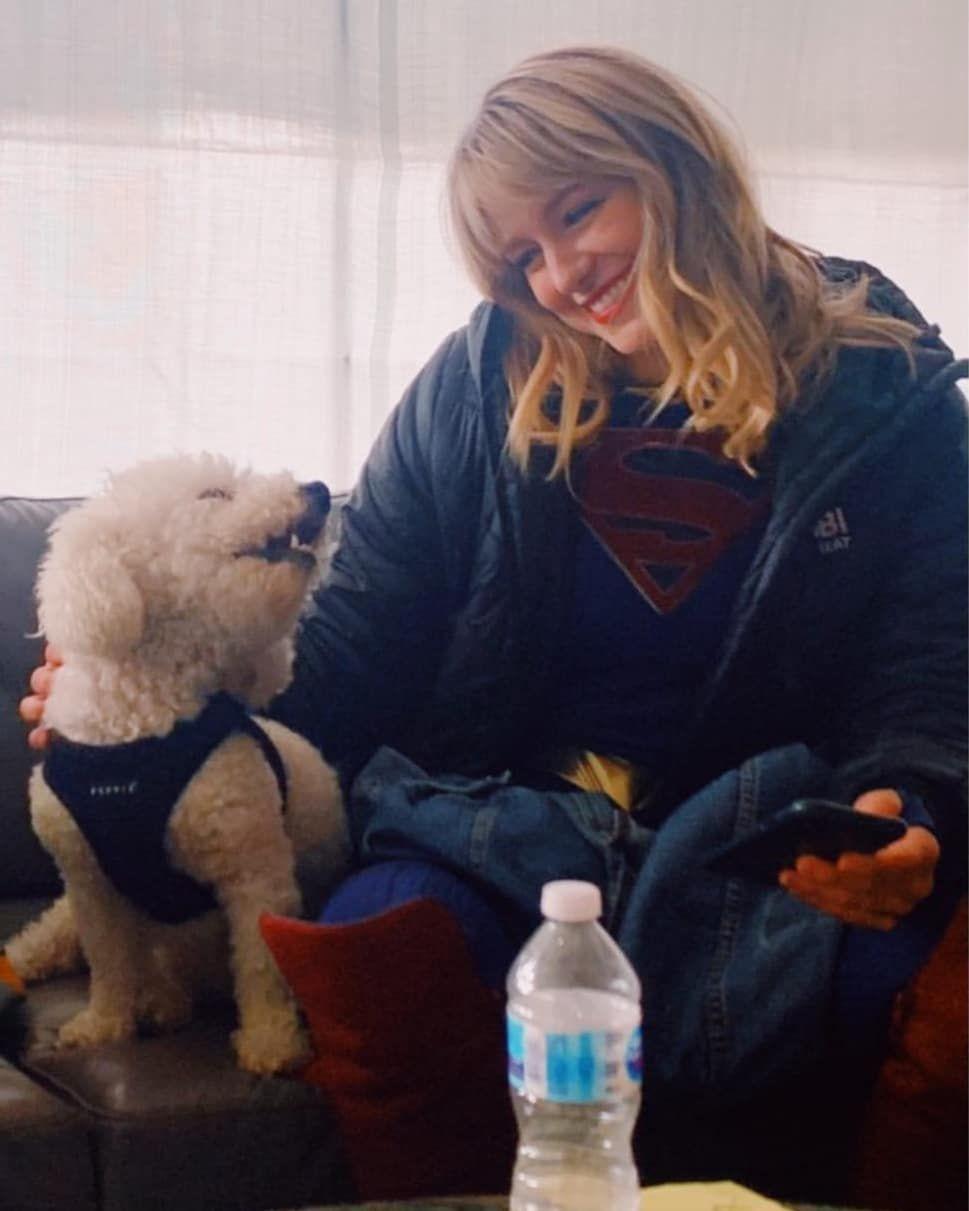 Melissa Benoist Fan On Instagram This Is So Cute Melissabenoist Supergirl Superhero Cwsupergi In 2020 Melissa Supergirl Melissa Benoist Supergirl Alex
