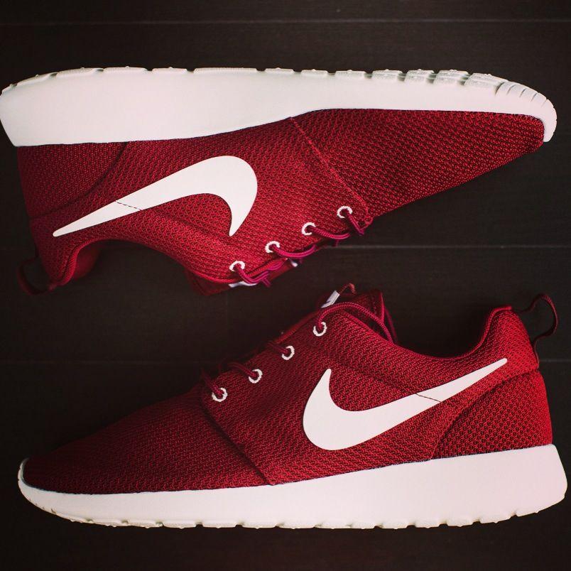 Nike Roshe runs. 👌   Sneakers fashion