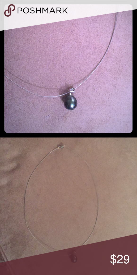Black pearl on silver wire necklace Black pearl on silver wire necklace Jewelry Necklaces