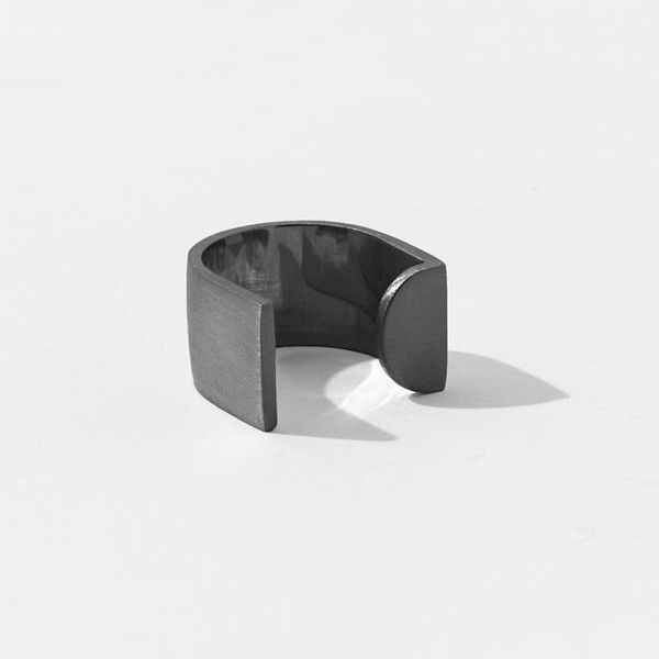 Split Tangent U Ring