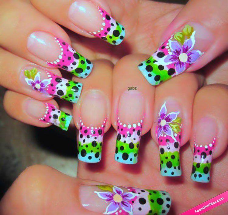 Manicura colorida con flores fotos de u as photo nails - Modelos de unas pintadas ...