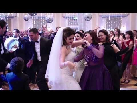 Bousy Ta Ala Halet Eshk Official Song C بوسى تعالى الأغنية الرسمية لمسلسل حالة عشق Youtube Wedding Playlist Backless Dress Formal Wedding Dresses