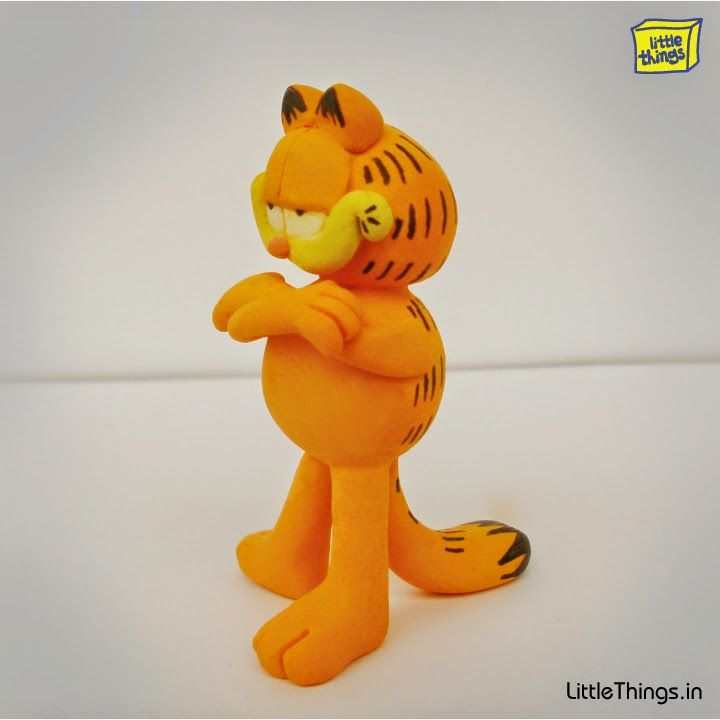 Shop online for Quirky Pendrives, Fridge Magnets, Funky accessories, Clay Miniatures @ LittleThings.in