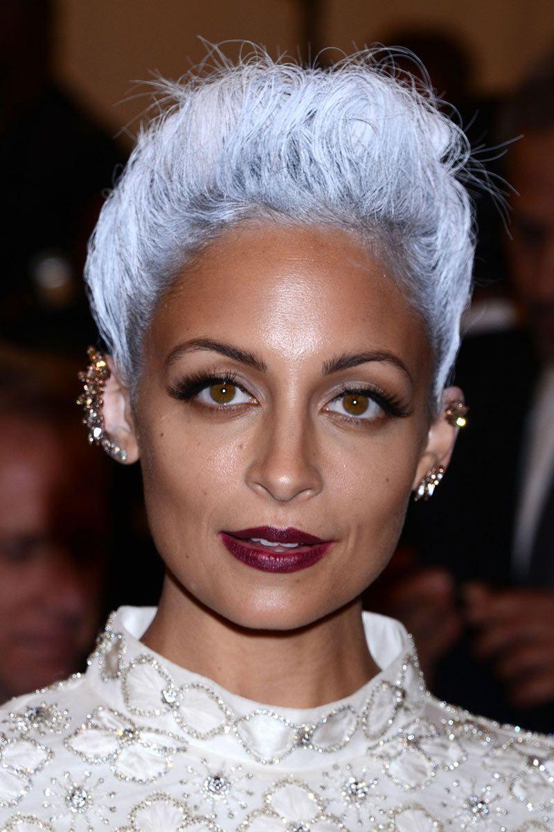 Las joyas más punk de la gala del Met 2013: Nicole Richie
