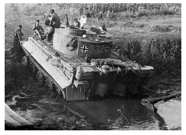 Stuck In The Mud A German Tiger Tank Crew Waits For Help To Be Pulled Out From A Muddy River Bank Tiger Tank Tanks Military Tank