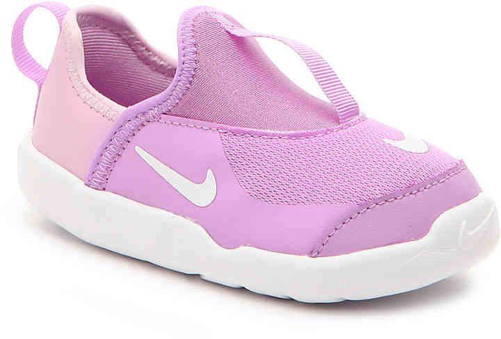 5e09f4f4d2f2 Girls Lil Swoosh Infant   Toddler Slip-On Sneaker -Light Pink Light ...