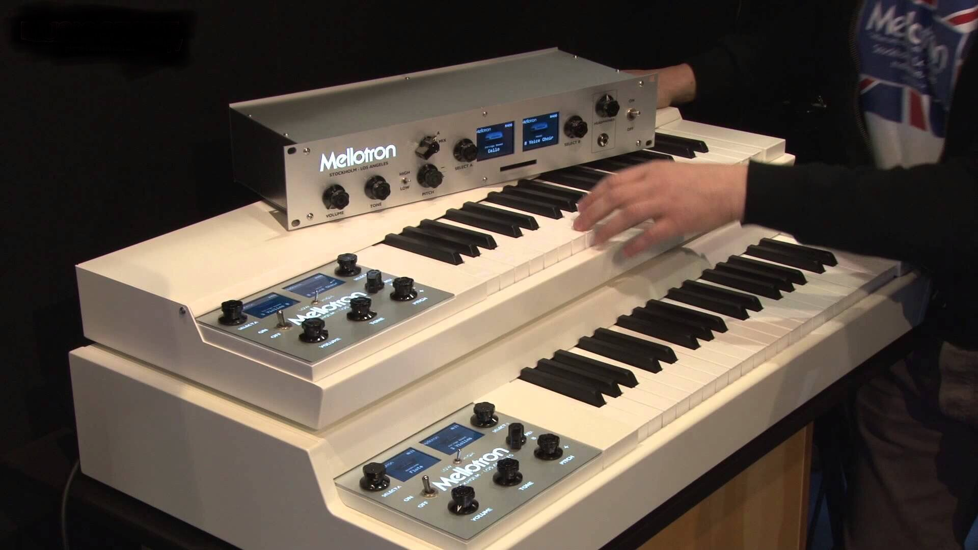 Mellotron M4000D, M4000D Mini, M4000D Rack, digital sample