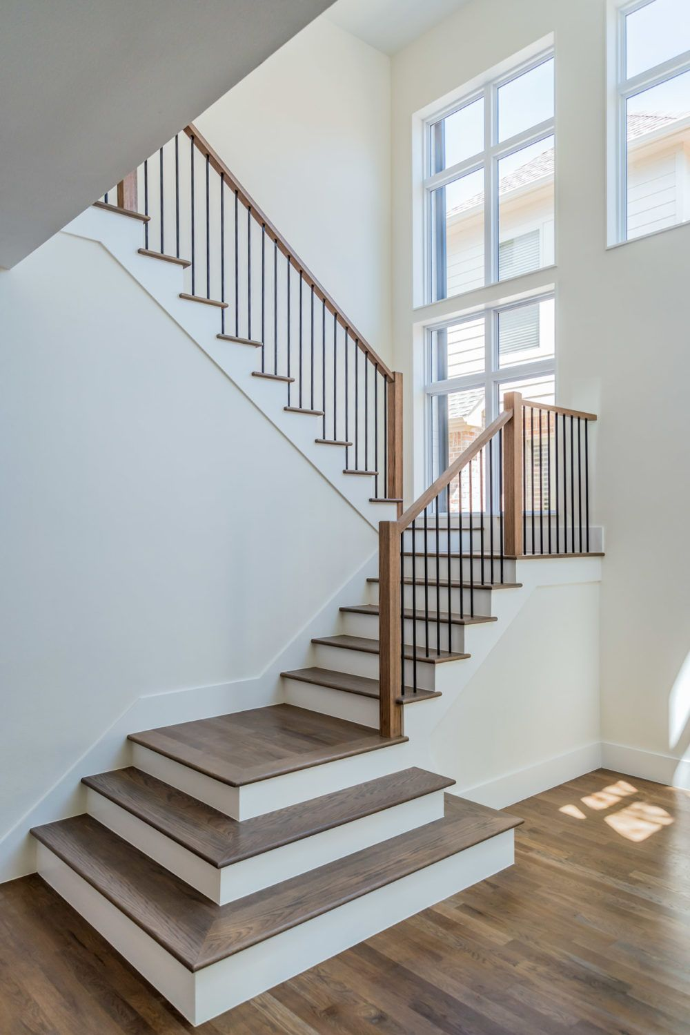 Clean Modern Lines Warm Wood Meets Metal Tons Of Natural Light Through The Window So Much To Love Ab Stair Railing Design Rustic Stairs Modern Stair Railing