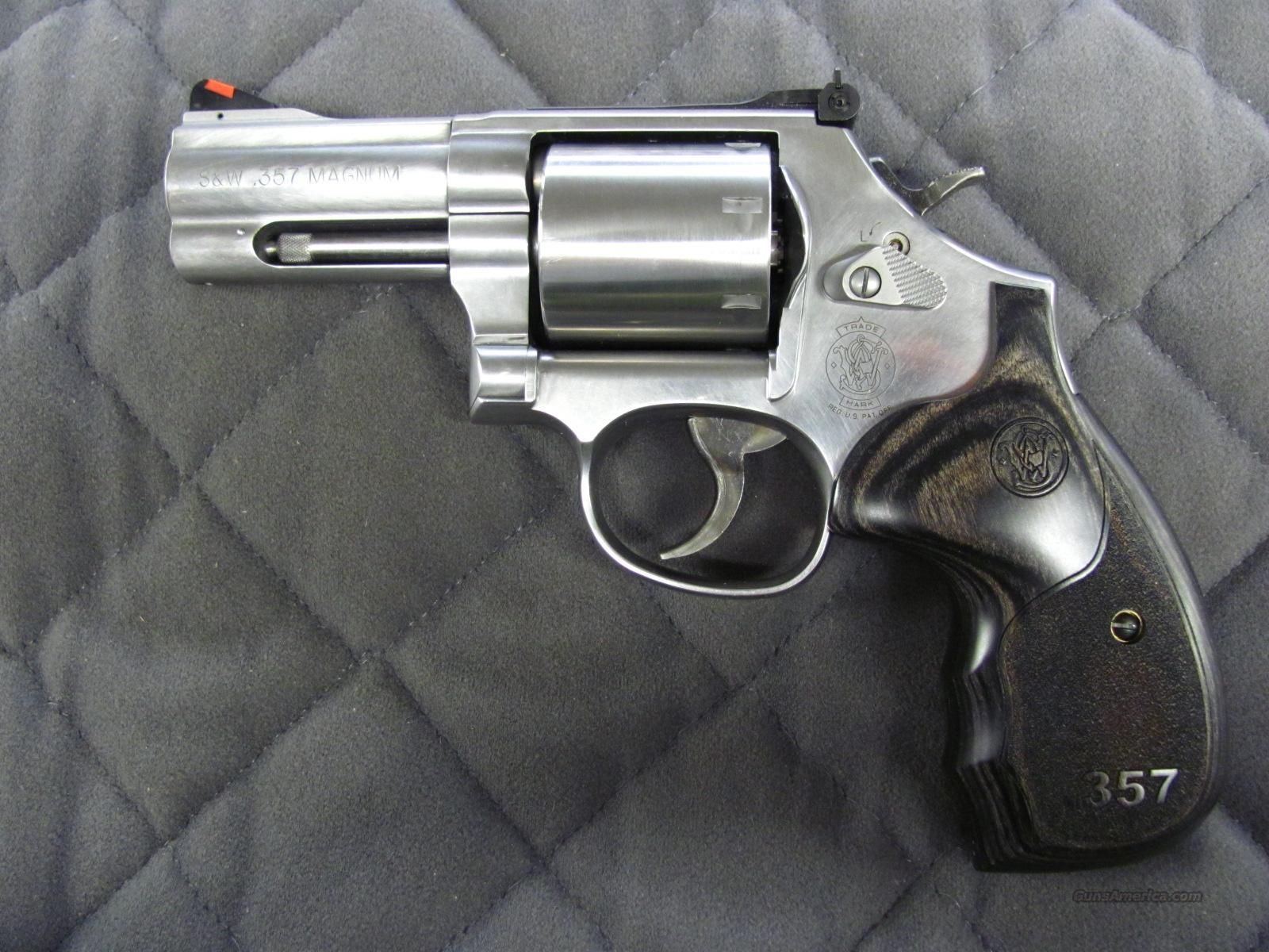 smith wesson model 686 talo 3 5 7 series 3 inch 357 m hand