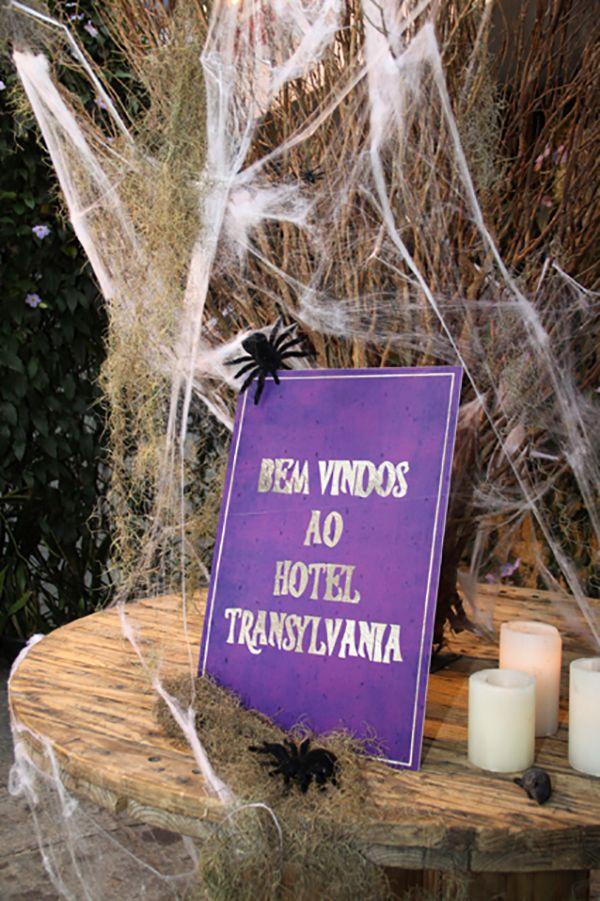 Festa de halloween com tema Hotel Transylvânia | Fiesta hotel ...