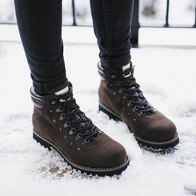 5366a350728 My new vegan boots from @naevegan bought at @greenlacesshoes here in ...