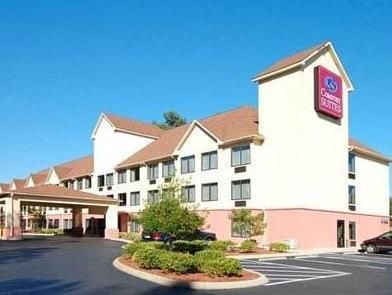 Wilmington (NC) Comfort Suites United States, North America Comfort Suites is a popular choice amongst travelers in Wilmington (NC), whether exploring or just passing through. Featuring a complete list of amenities, guests will find their stay at the property a comfortable one. Take advantage of the hotel's free Wi-Fi in all rooms, 24-hour front desk, facilities for disabled guests, express check-in/check-out, business center. Each guestroom is elegantly furnished and equipped...
