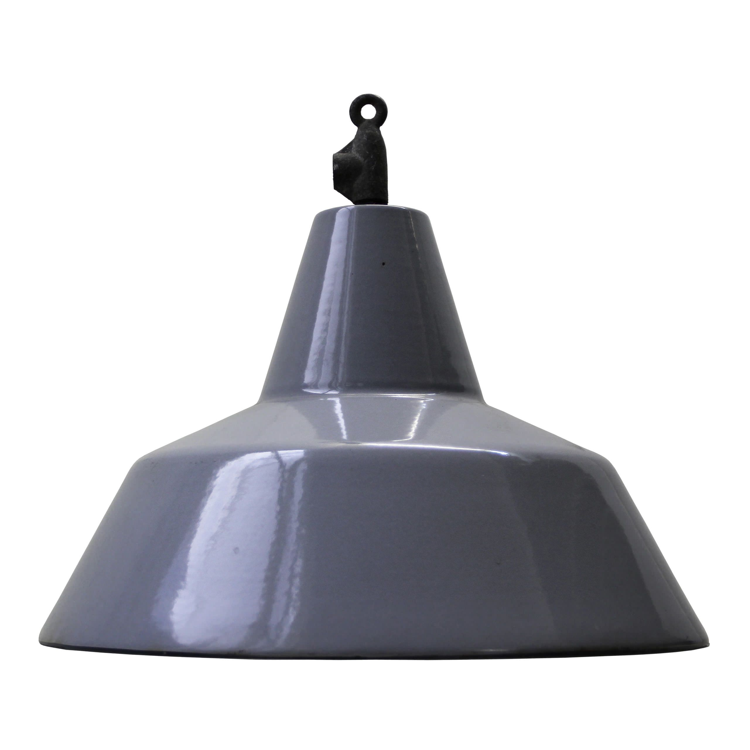 orvelte   Lights   360volt. The biggest collection vintage industrial lighting. Specialized in factory, enamel and industrial lamps. Available on 360volt.com