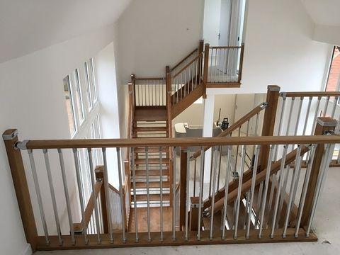 Best Oak Hrbr Chrome Spindles House Ideas Stair Railing 400 x 300