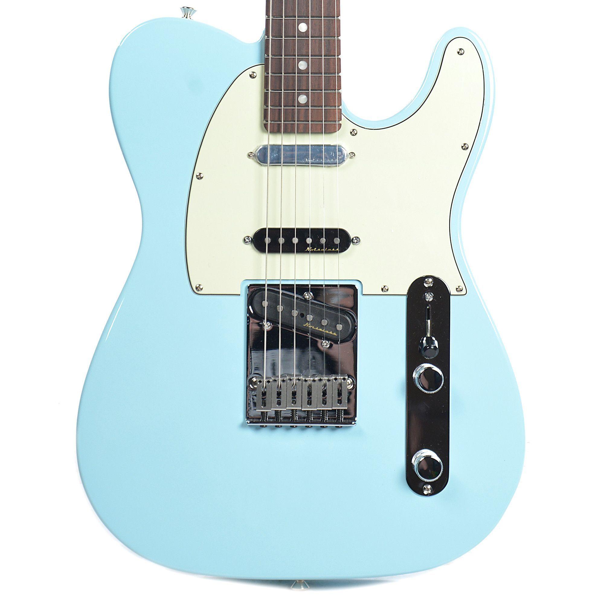 Fender Deluxe Nashville Telecaster Daphne Blue Fender Deluxe Telecaster Fender American Deluxe
