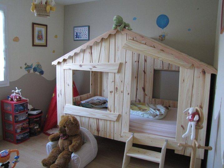 Lits Cabanes 490 Lit Enfant En Palette Amenagement Chambre Enfant Lit Cabane