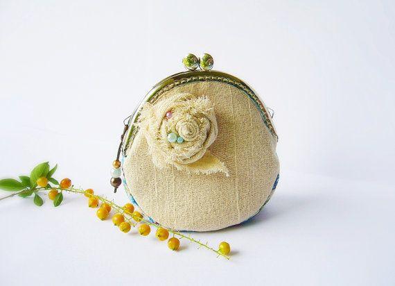 Metal frame purse coin purse coin purse flower 85 cm by DooDesign, $22.90