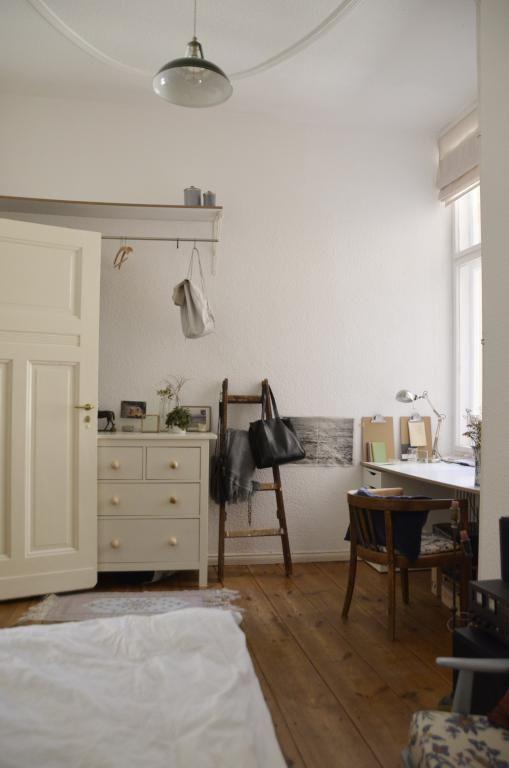 Hübsches DIY-Idee Leiter als Taschenhalter umfunktioniert - fliesenspiegel küche selber machen