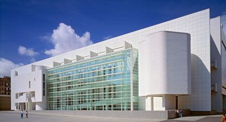 Richard meier barcelona museum of contemporary art for Richard meier architetto
