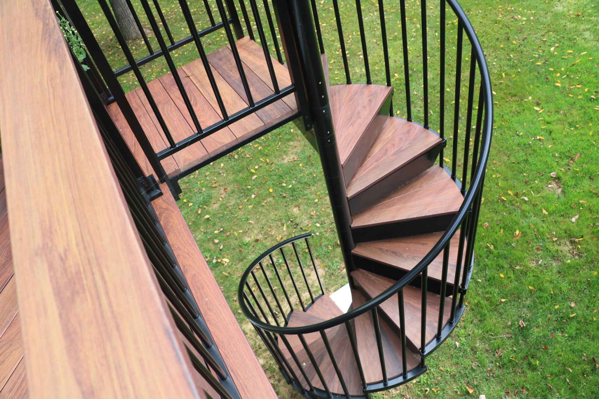 interested in having a spiral staircase added to your deck on steps in discovering the right covered deck ideas id=28871