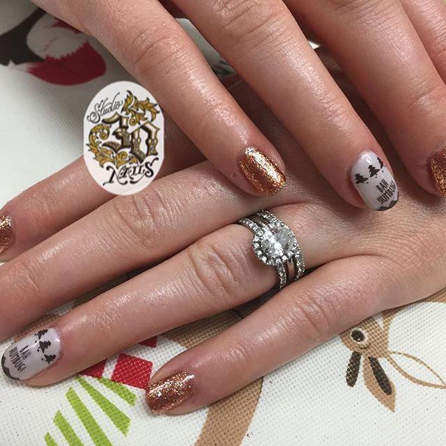 Bah Humbug Manicure Horseshoe Nail Nails Co