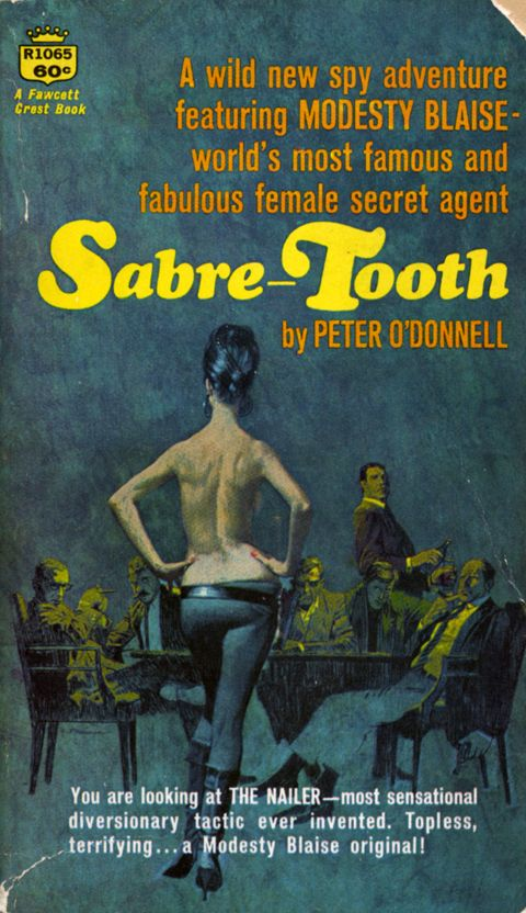 Paperback cover of Sabre-Tooth