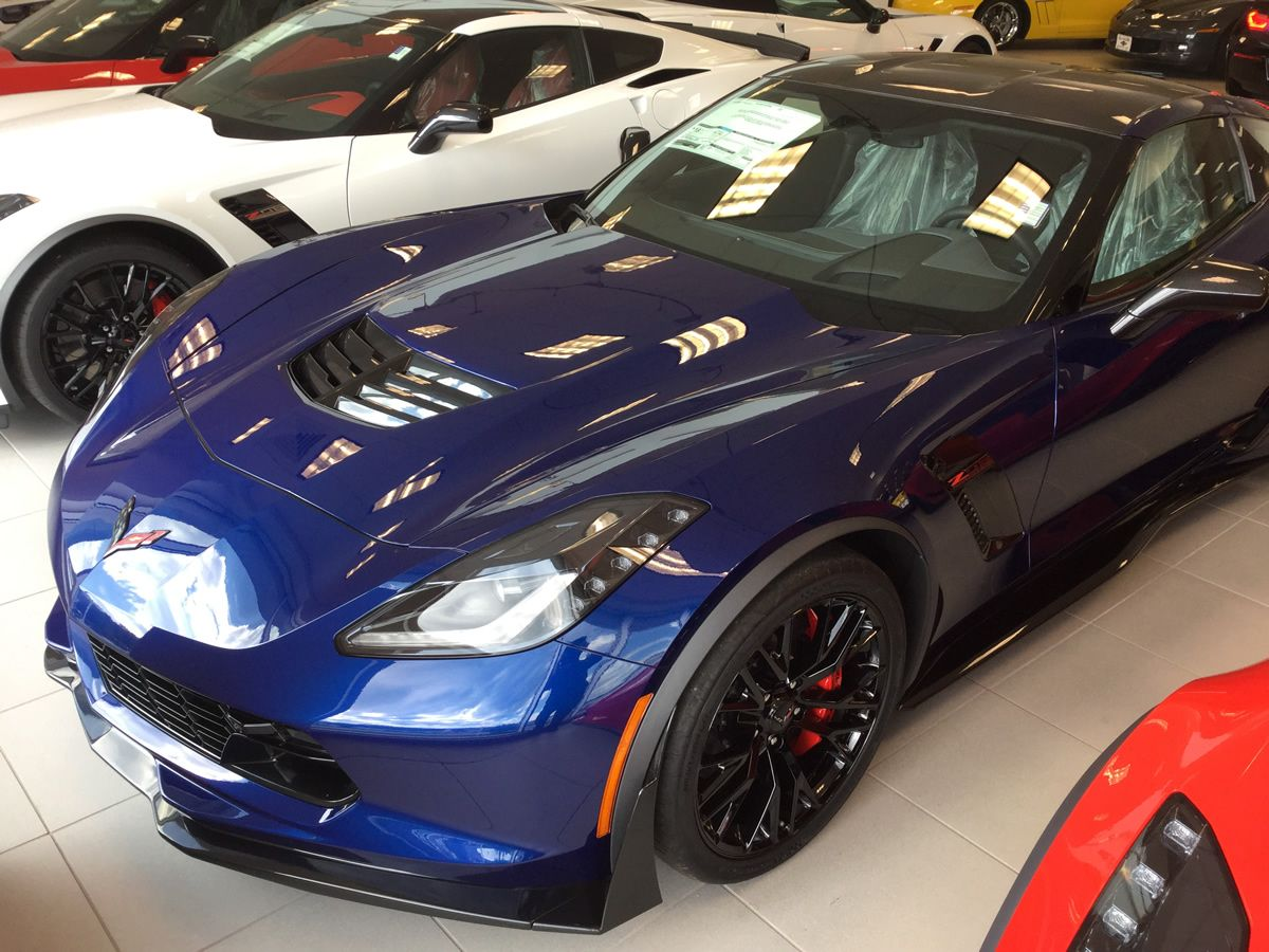 2016 Corvette Z06 With Admiral Blue Metallic Paint Dark Gray Leather Interior 3lz Trim Package Carbon Fiber Roof Panel And Roof Panels Corvette Corvette Z06