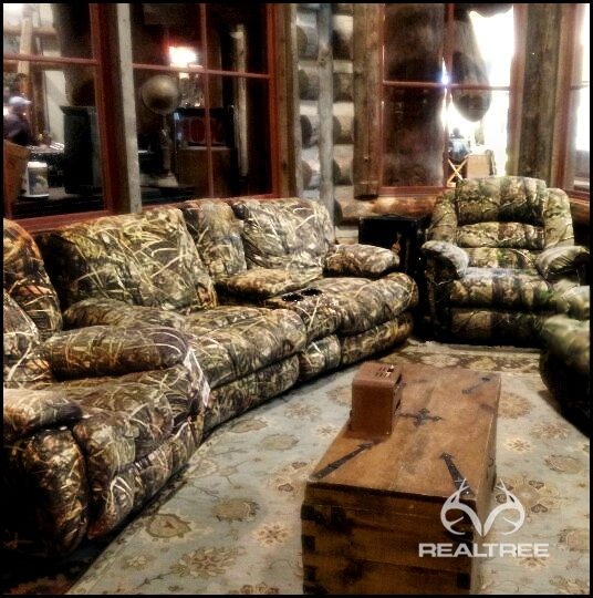 Realtree Camo Couch   Itu0027s Perfect For Mancave. #realtreecamo #camocouch