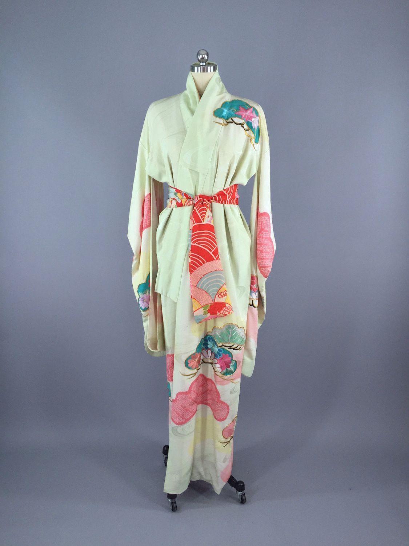 Vintage Kimono Silk Vintage Kimono Dress Silk Kimono Robe Womens Kimono Silk Furisode Furisode Kimono Silk Furisode Kimono White Robe