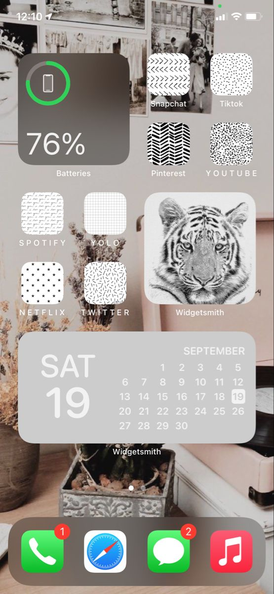 White aesthetic ios 14 layout in 2020 Iphone