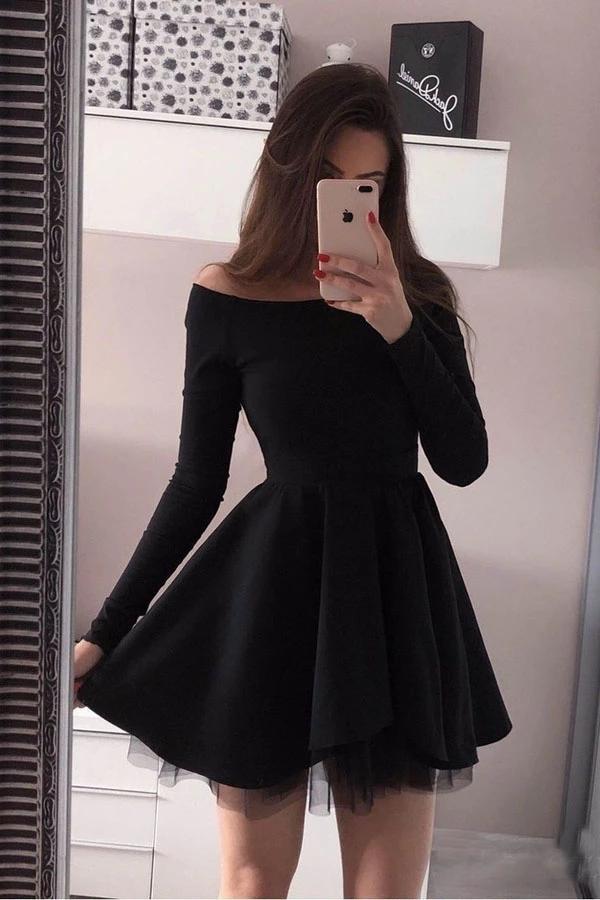 Boat Neckline Simple Elegant Black Short Homecoming Dresses With Sleeves Z2165